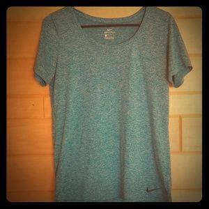 Nike Dri-Fit Medium T-Shirt